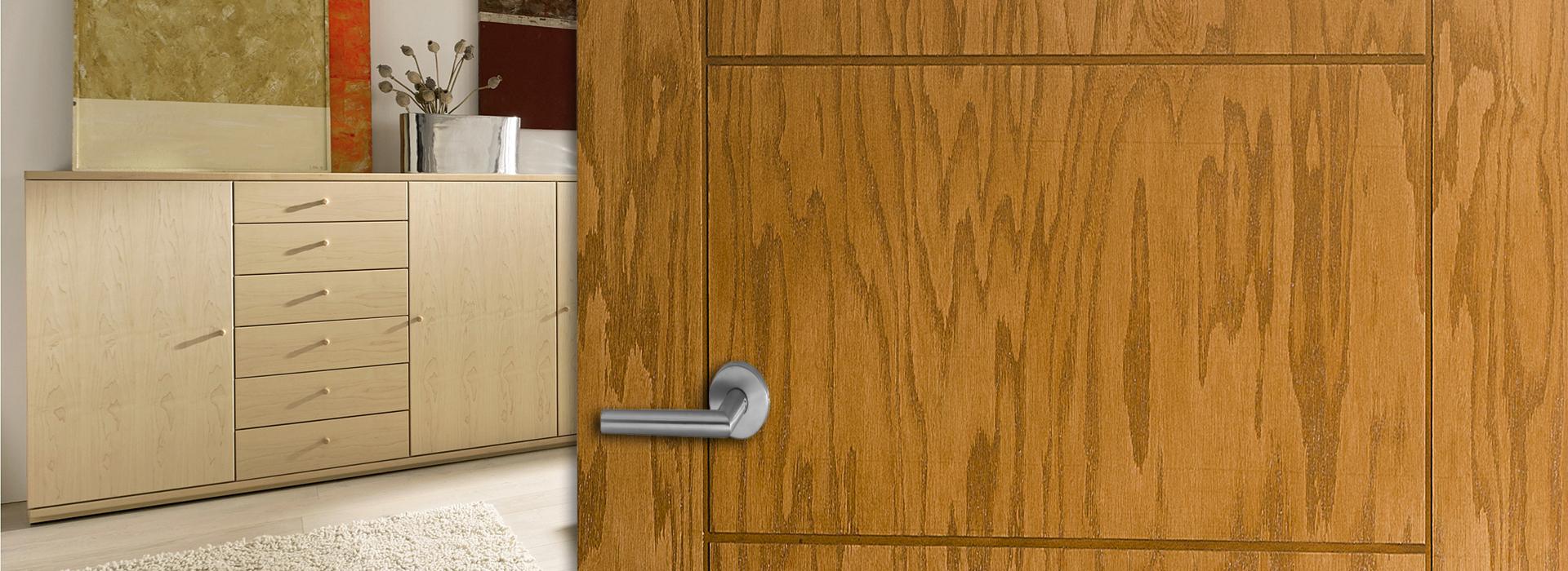 Puertas para vivienda puertas de madera ventanas de - Instalacion de puertas de madera ...